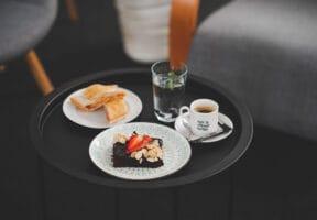 Slaný závin, brownies a káva složení coffee breaku 1