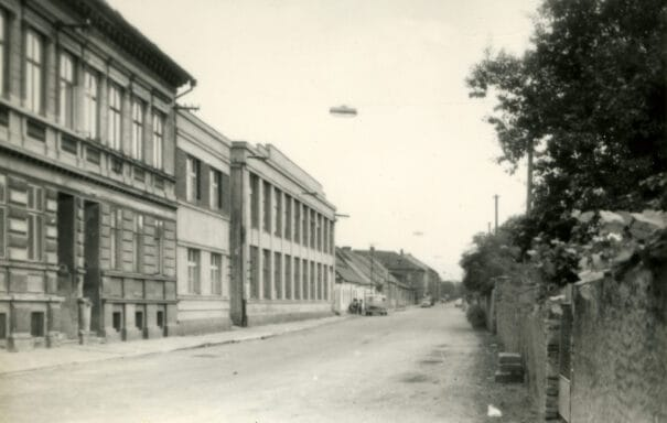 Pohled na historickou budovu Riegrovy 51