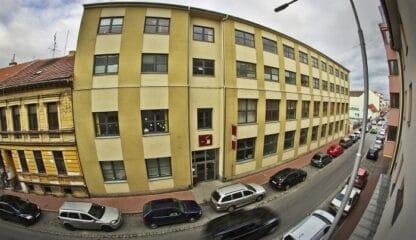 Budova Riegrovy 51 pohled z ulice